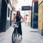 Un paseo en bici con mi vestido de Zara