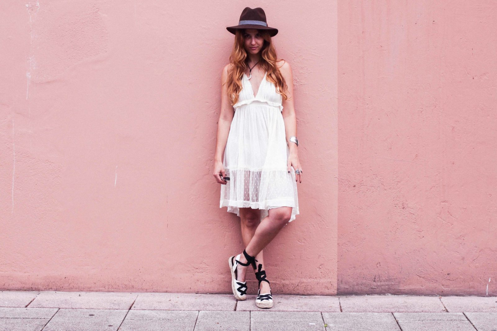 white_dress_shein_vestido_blanco_street_style_looks_donkeycool-31
