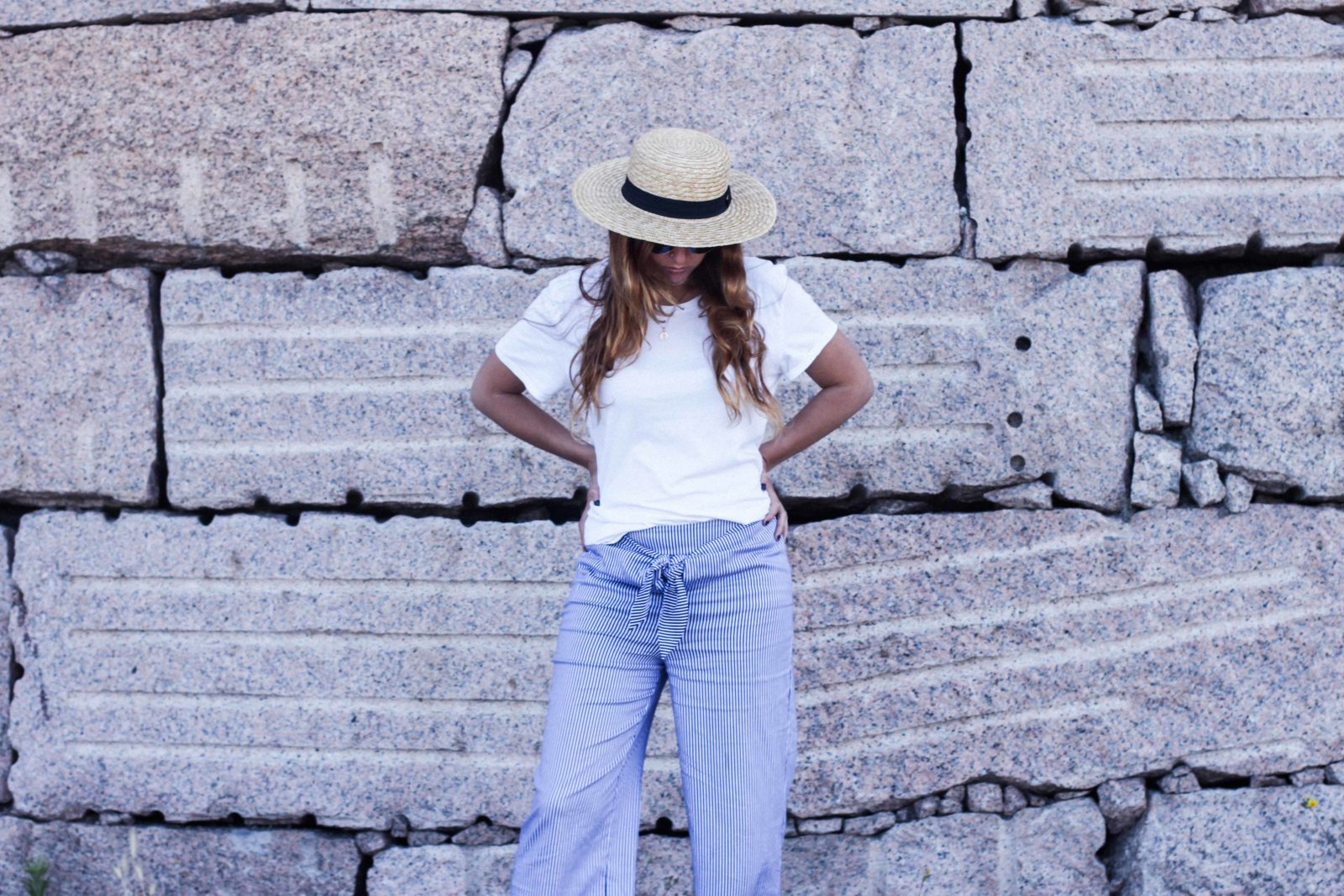 pantalones_con_lazo_colgante_herradura_donkeycool_ardentia_canotier-11