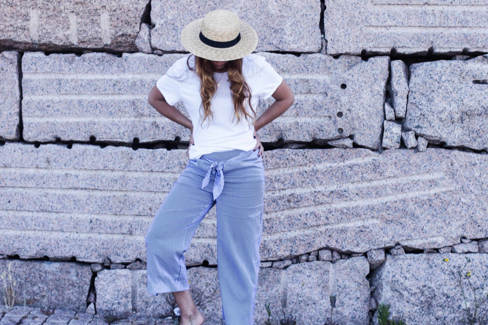 pantalones_con_lazo_colgante_herradura_donkeycool_ardentia_canotier-13