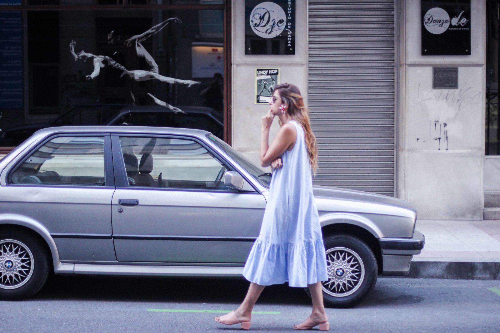 vestido_azul_zara_mules_rosas-34