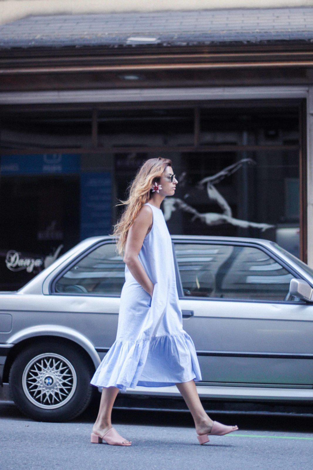vestido_azul_zara_mules_rosas-36