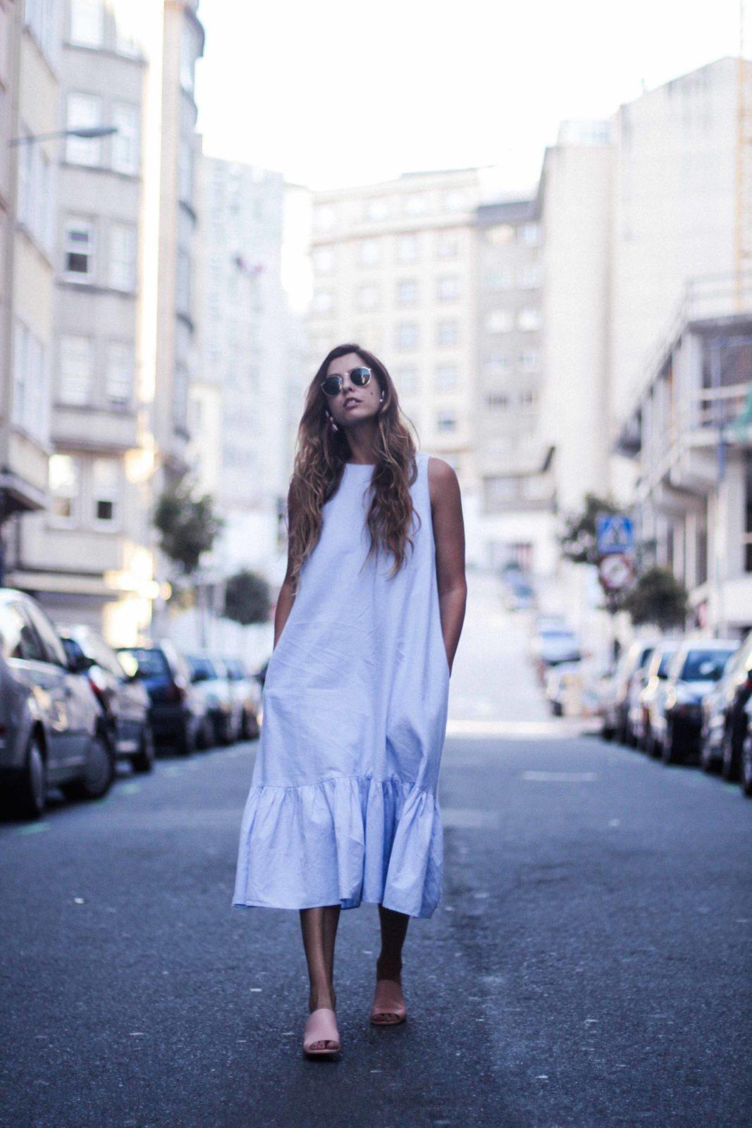 vestido_azul_zara_mules_rosas-47