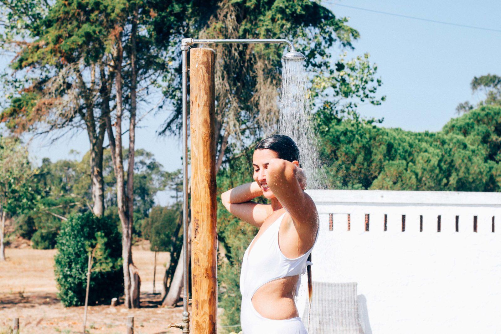 swimsuit_shower_uva_do_monte_portugal_comporta-22