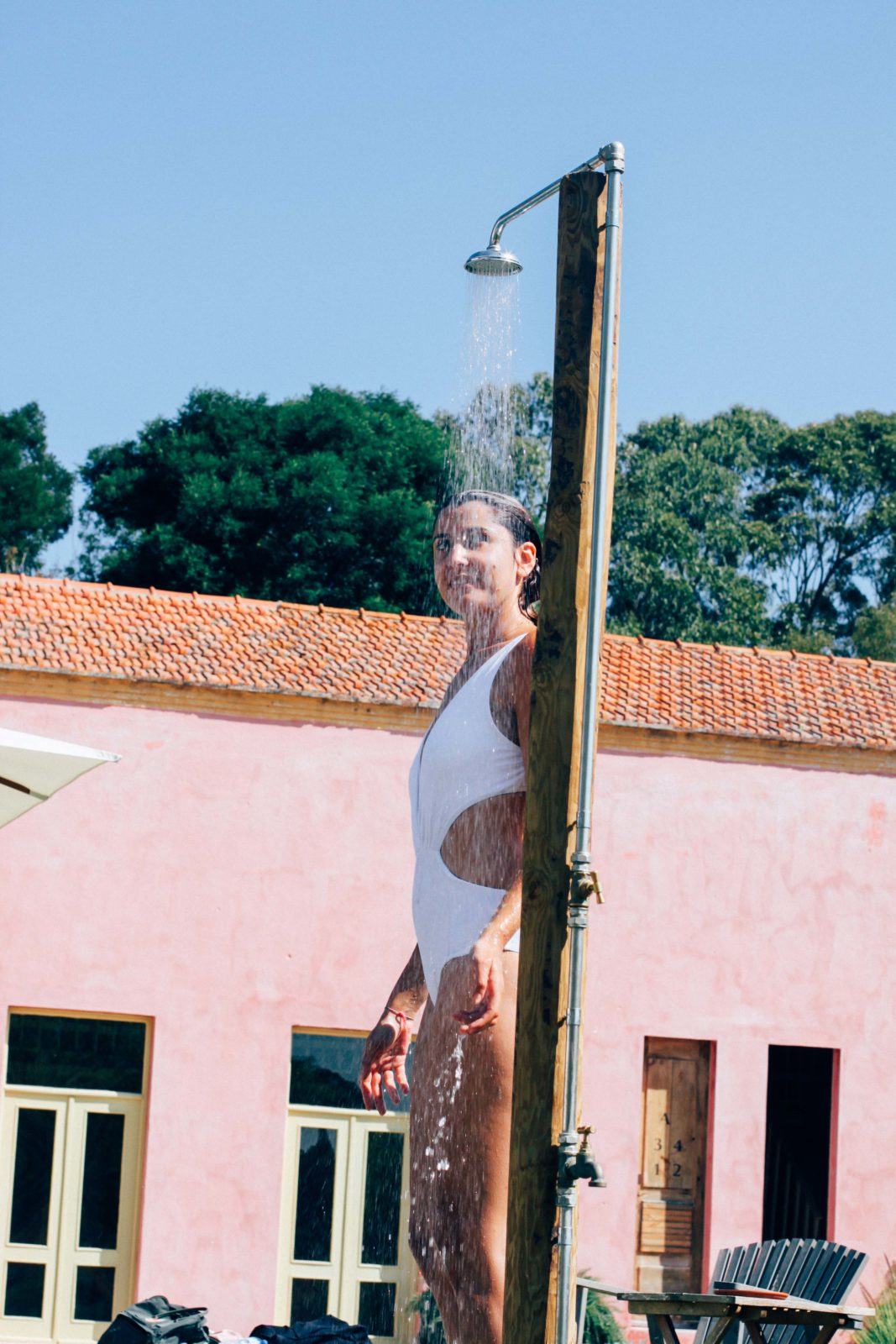 swimsuit_shower_uva_do_monte_portugal_comporta-3