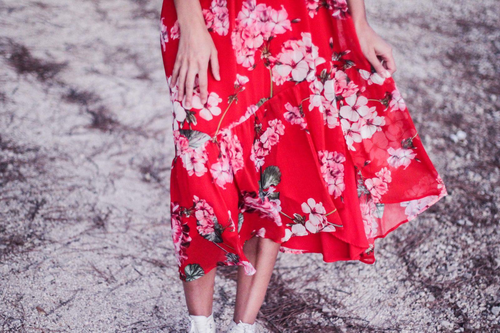 vestido_con_converse_estampado_flores_portugal_herdade_do_moinho_novo-16