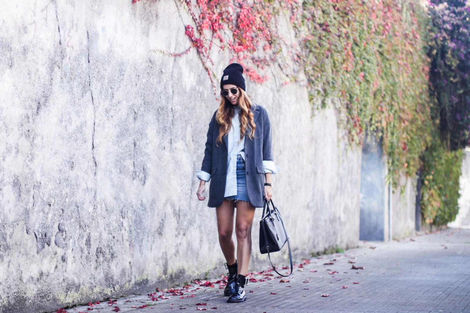blazer_oversize_falda_vaquera_camisa_masculina_gorro_beanie_botas_moteras_tendencias_trends_2016_street_style_donkeycool-23