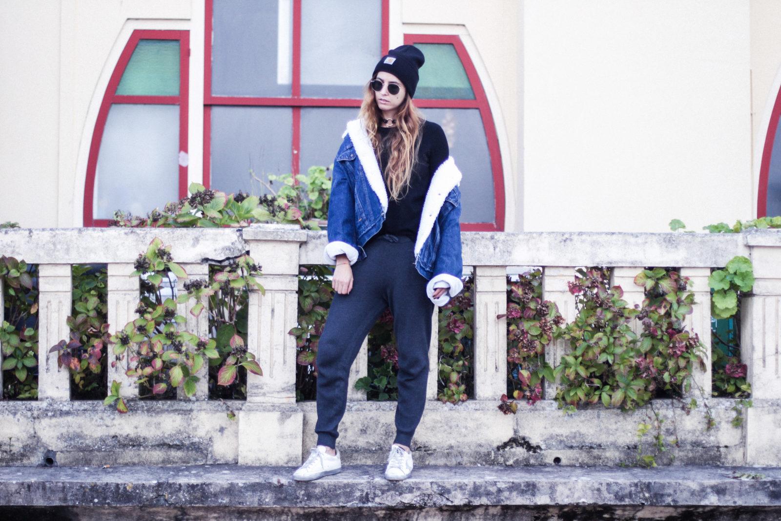 cazadora_vaquera_de_borreguillo_levis_vintage_golden_goose_gorrito_beanie_tendencias_2016_fall_trends_street_style_choker_donkeycool-26