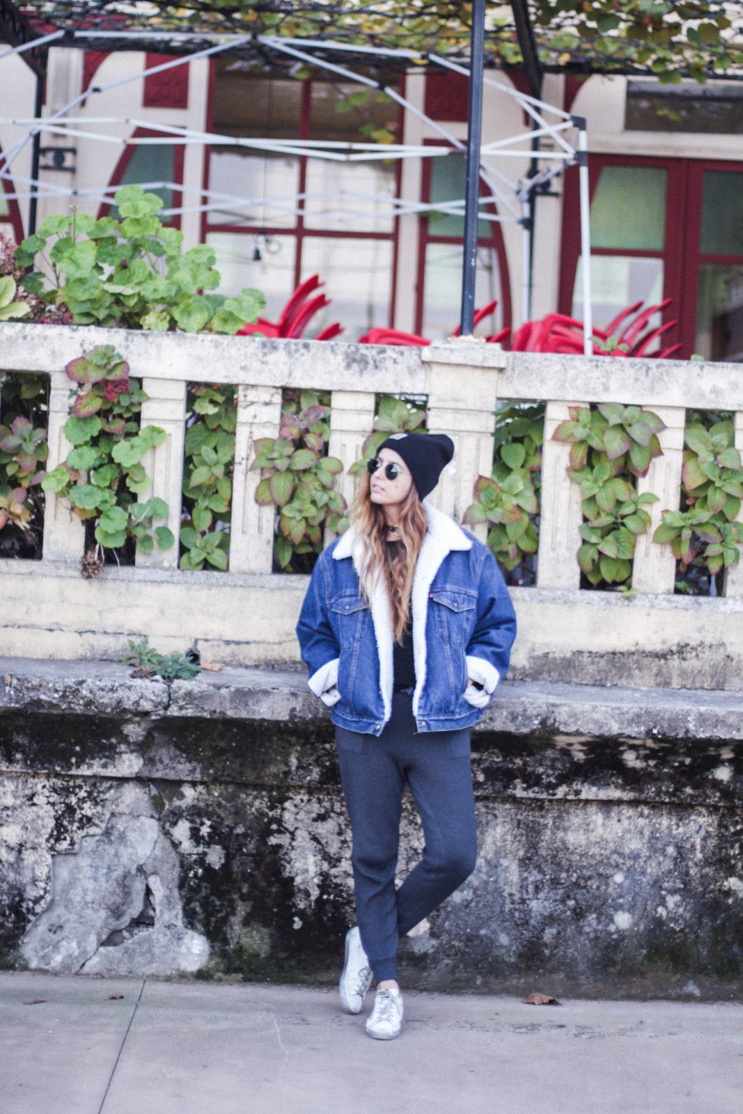 cazadora_vaquera_de_borreguillo_levis_vintage_golden_goose_gorrito_beanie_tendencias_2016_fall_trends_street_style_choker_donkeycool-42