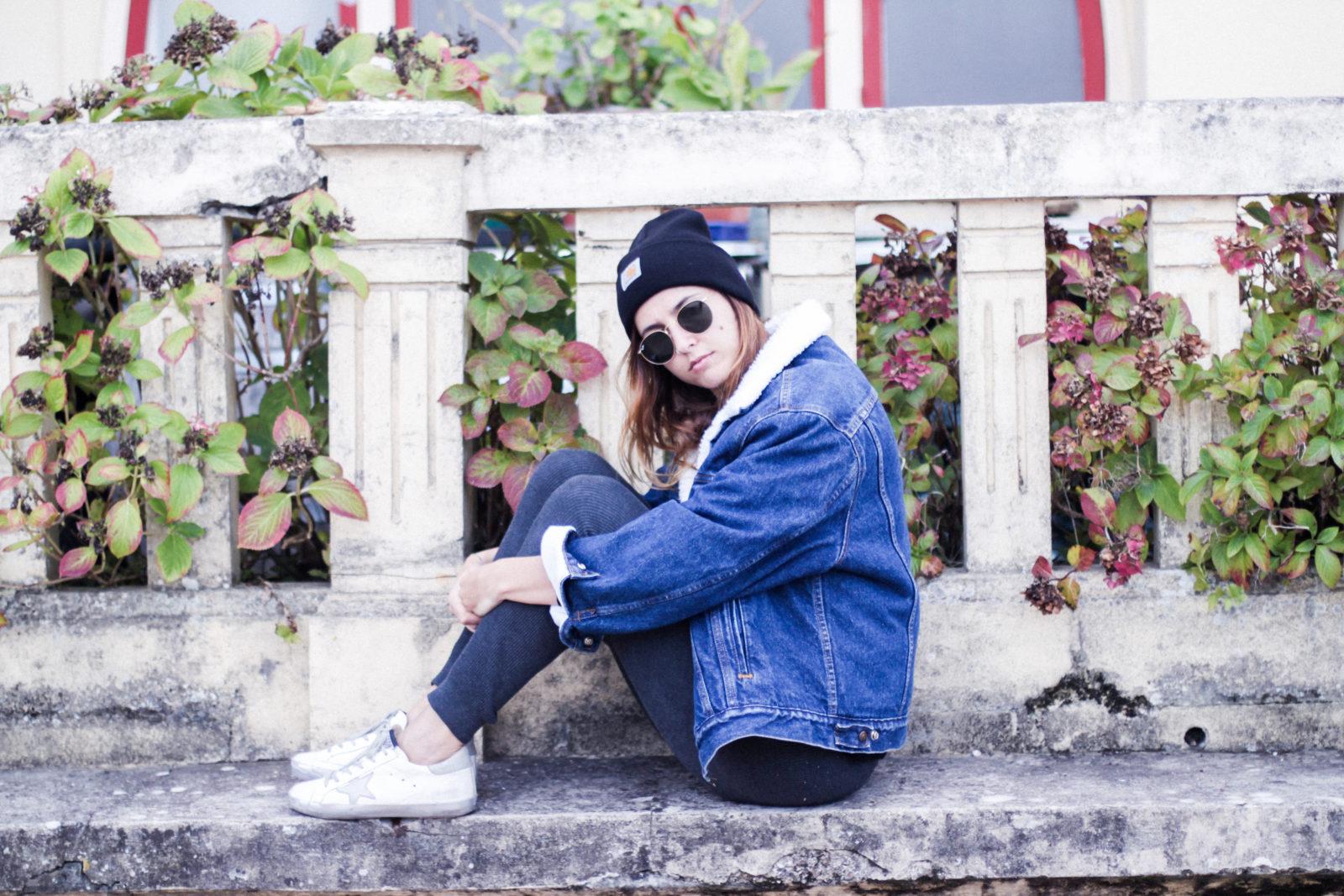 cazadora_vaquera_de_borreguillo_levis_vintage_golden_goose_gorrito_beanie_tendencias_2016_fall_trends_street_style_choker_donkeycool-8