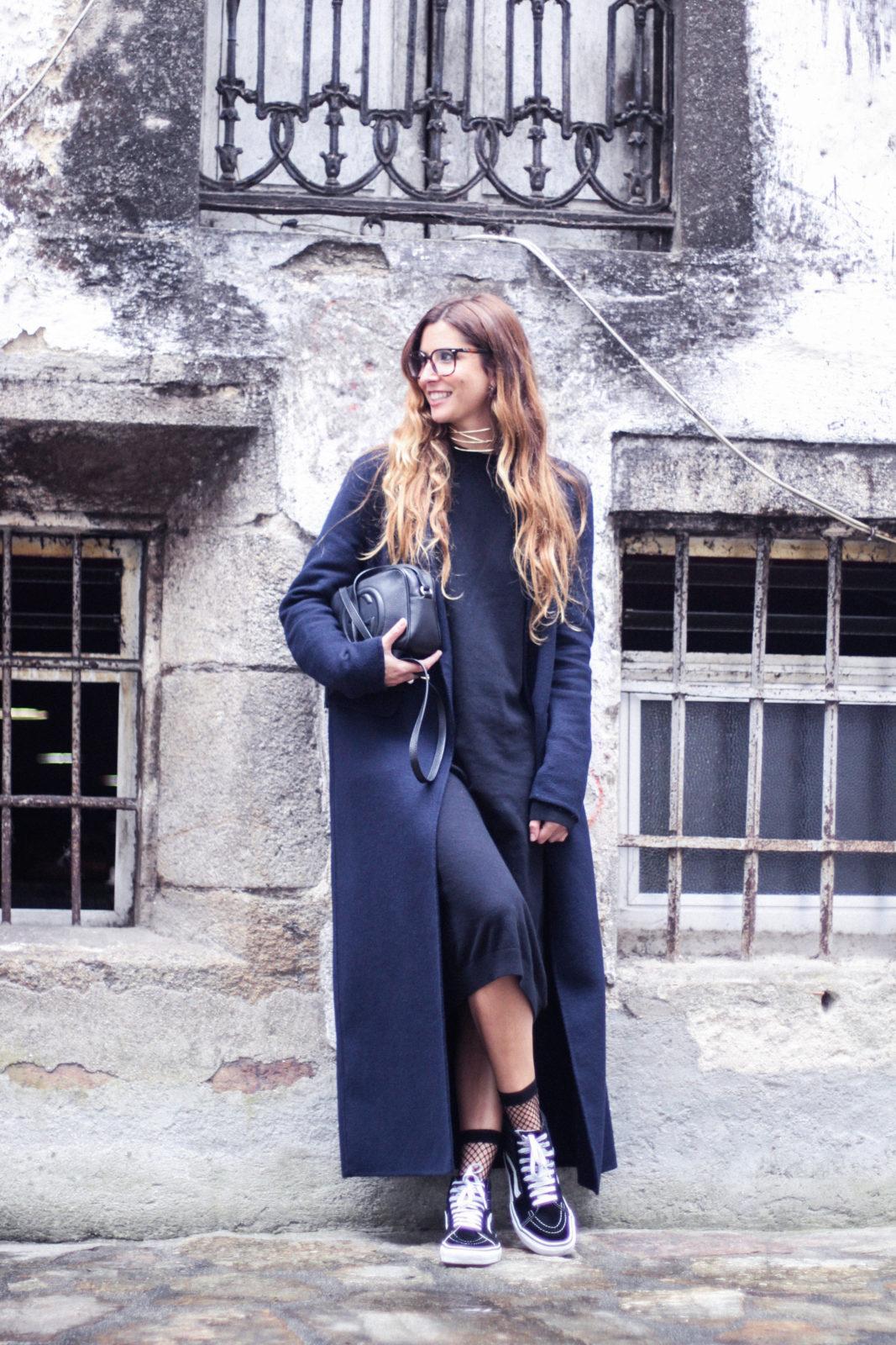 vestido_de_punto_midi_vans_calcetines_rejilla_choker_metalico_happiness_boutique_abrigo_largo_gucci_street_style_fall_2016_donkeycool-10