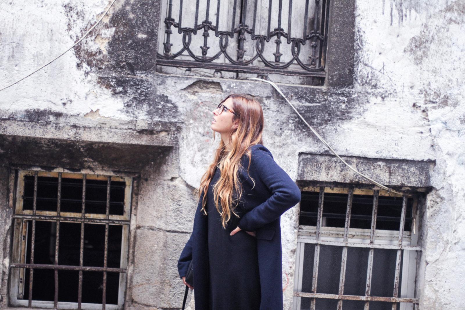 vestido_de_punto_midi_vans_calcetines_rejilla_choker_metalico_happiness_boutique_abrigo_largo_gucci_street_style_fall_2016_donkeycool-11