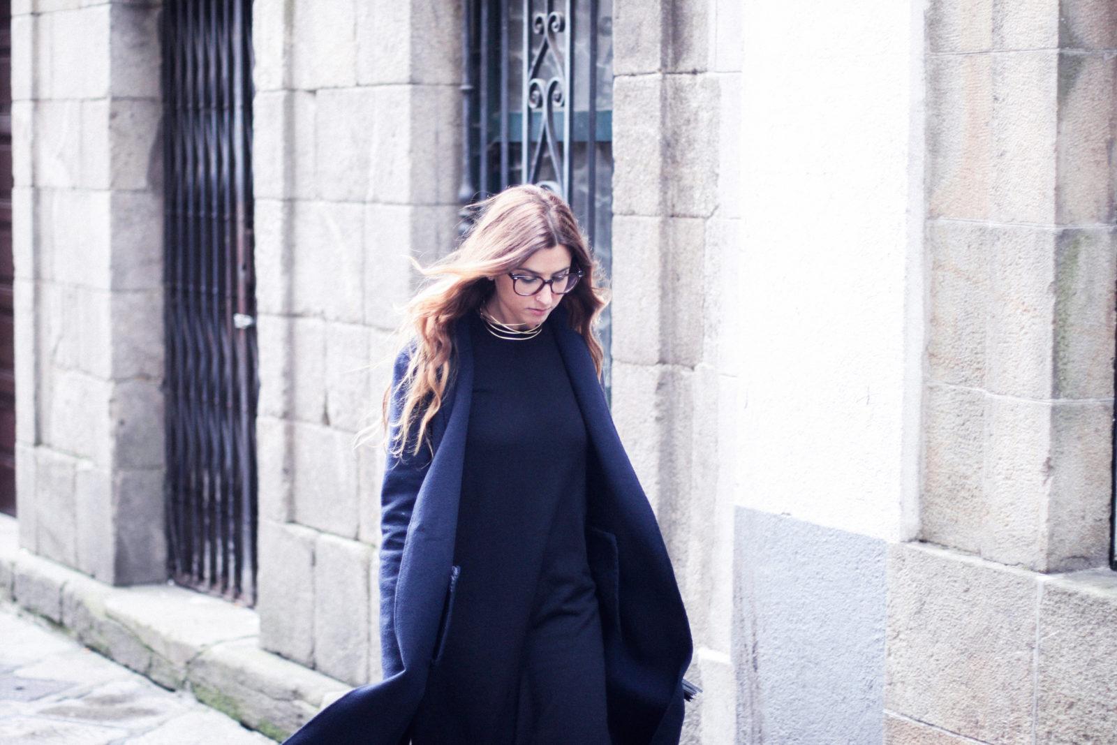 vestido_de_punto_midi_vans_calcetines_rejilla_choker_metalico_happiness_boutique_abrigo_largo_gucci_street_style_fall_2016_donkeycool-17