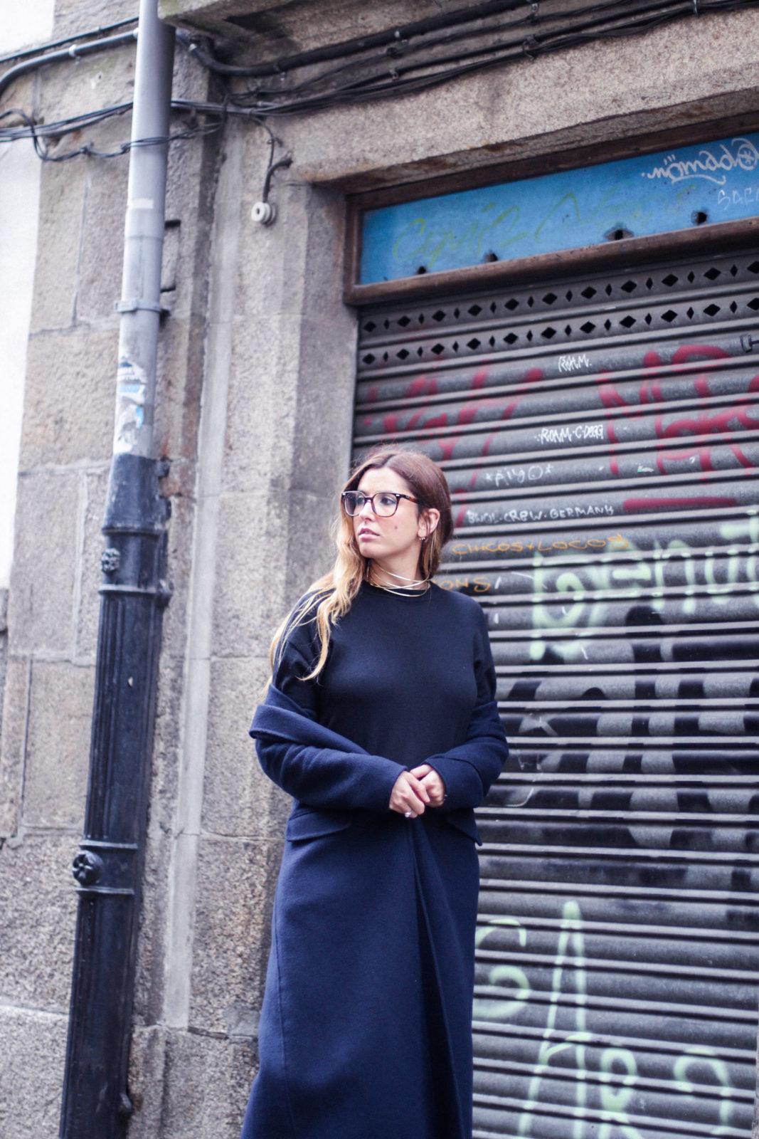vestido_de_punto_midi_vans_calcetines_rejilla_choker_metalico_happiness_boutique_abrigo_largo_gucci_street_style_fall_2016_donkeycool-36