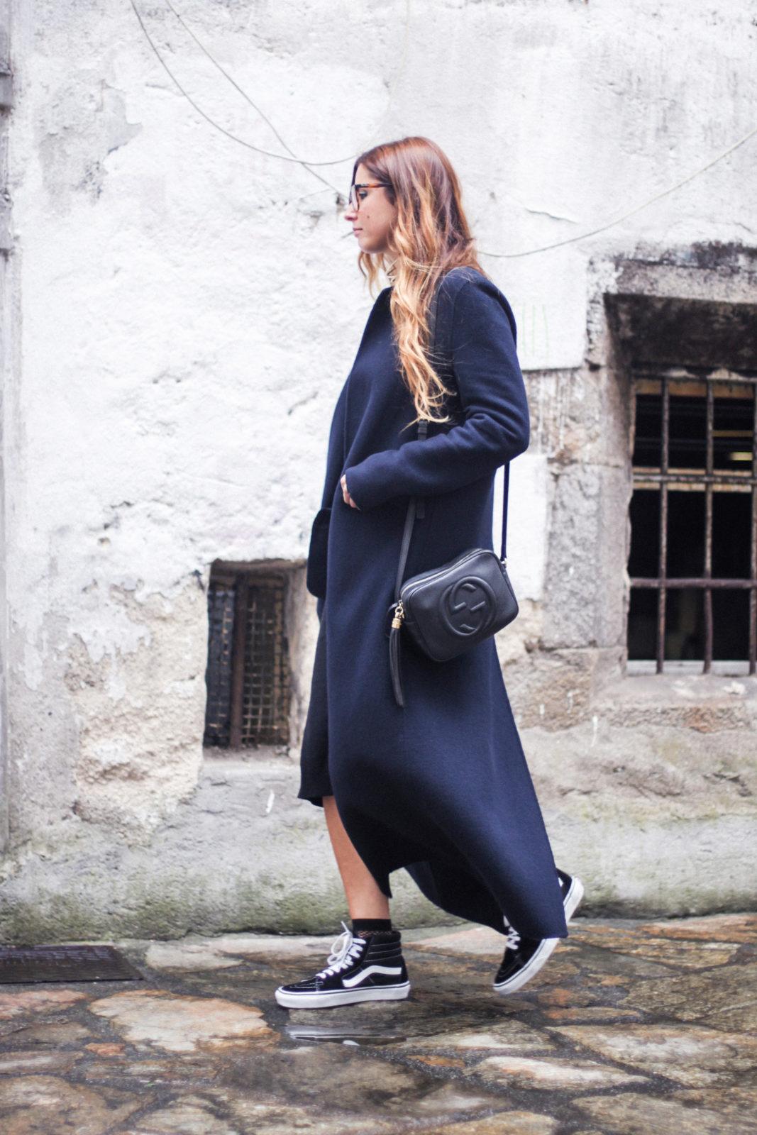 vestido_de_punto_midi_vans_calcetines_rejilla_choker_metalico_happiness_boutique_abrigo_largo_gucci_street_style_fall_2016_donkeycool-5