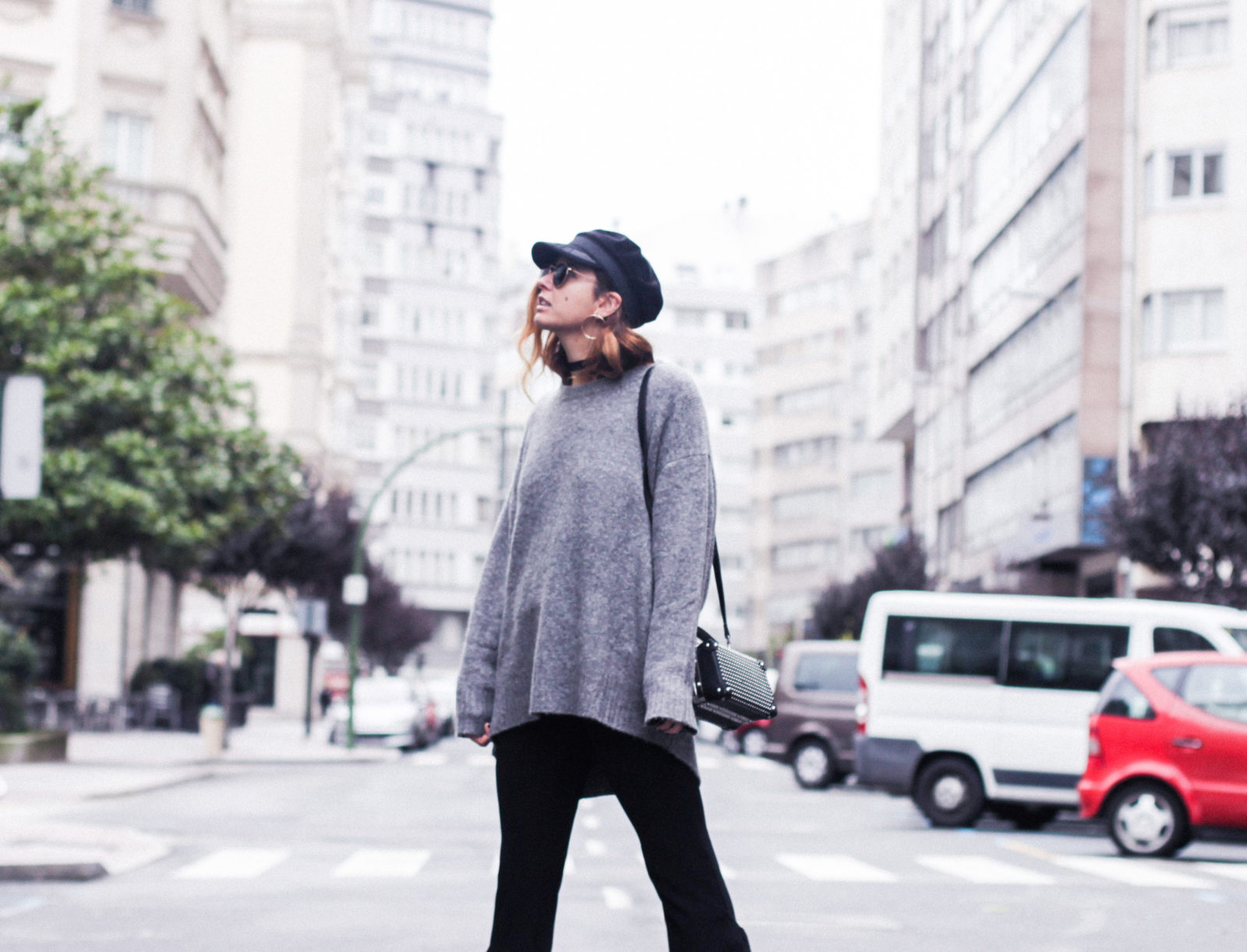 baker_boy_hat_flared_pants_vans_oversize_knit_fall_2016_trends_street_style_outfits_donkeycool-18