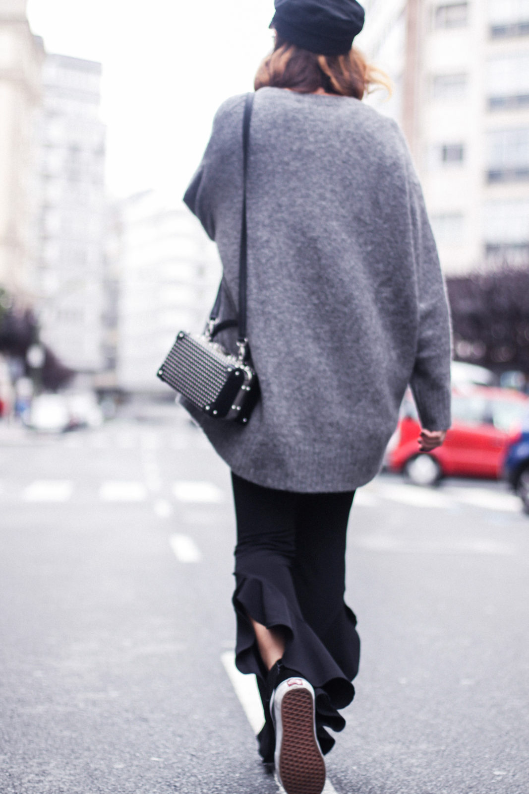 baker_boy_hat_flared_pants_vans_oversize_knit_fall_2016_trends_street_style_outfits_donkeycool-20