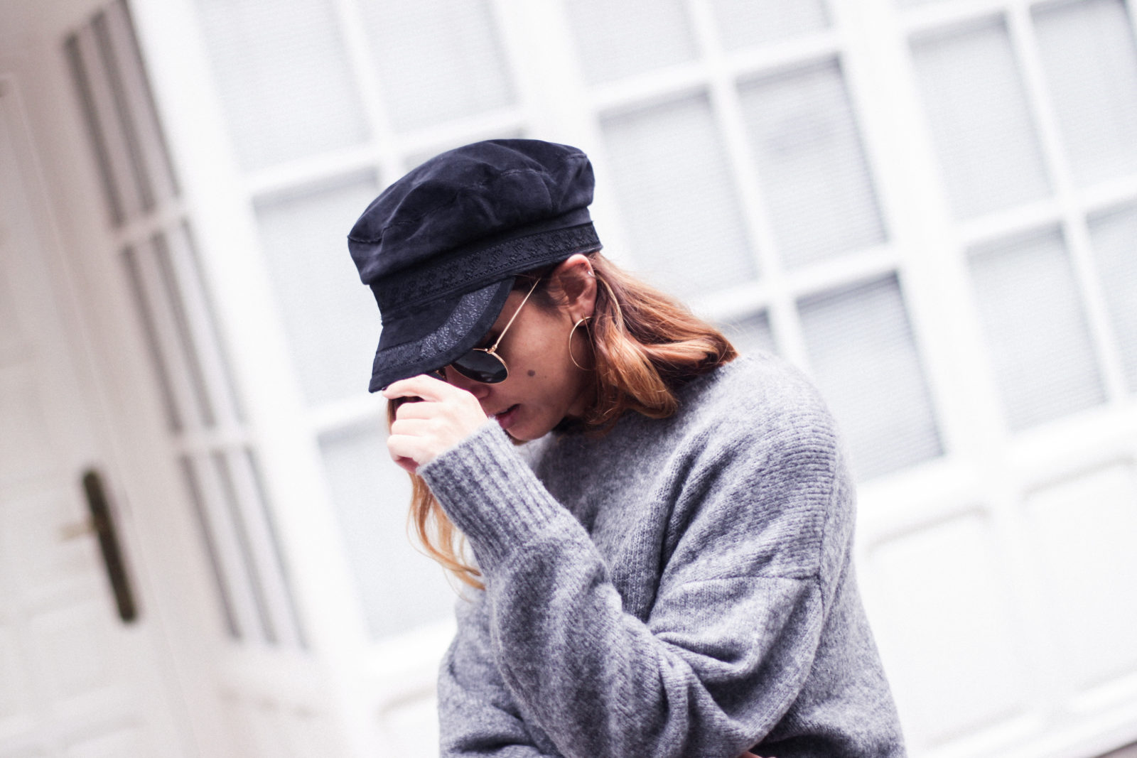 baker_boy_hat_flared_pants_vans_oversize_knit_fall_2016_trends_street_style_outfits_donkeycool-32