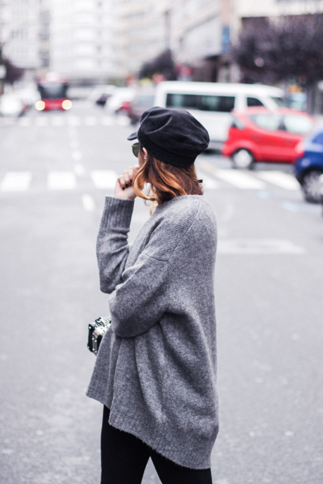 baker_boy_hat_flared_pants_vans_oversize_knit_fall_2016_trends_street_style_outfits_donkeycool-5