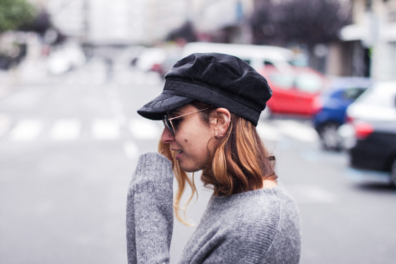 baker_boy_hat_flared_pants_vans_oversize_knit_fall_2016_trends_street_style_outfits_donkeycool-9