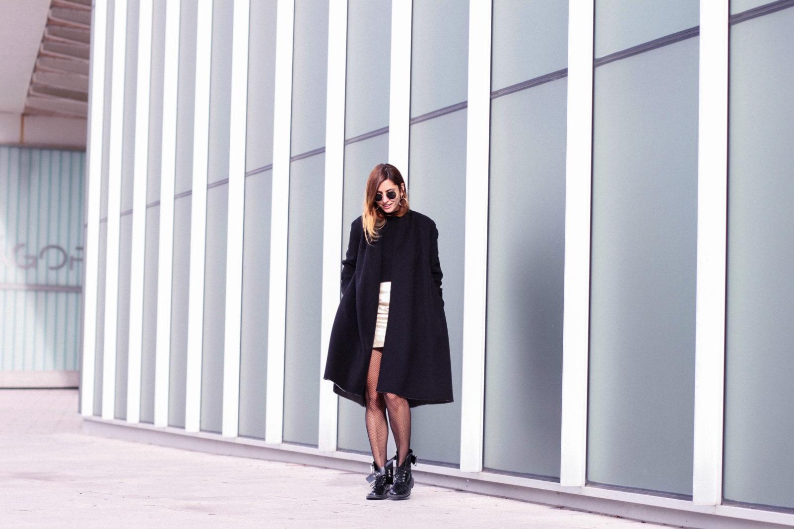 falda_dorada_shein_metalizado_medias_de_rejilla_choker_donkeycool_street_style_trends_2016-16