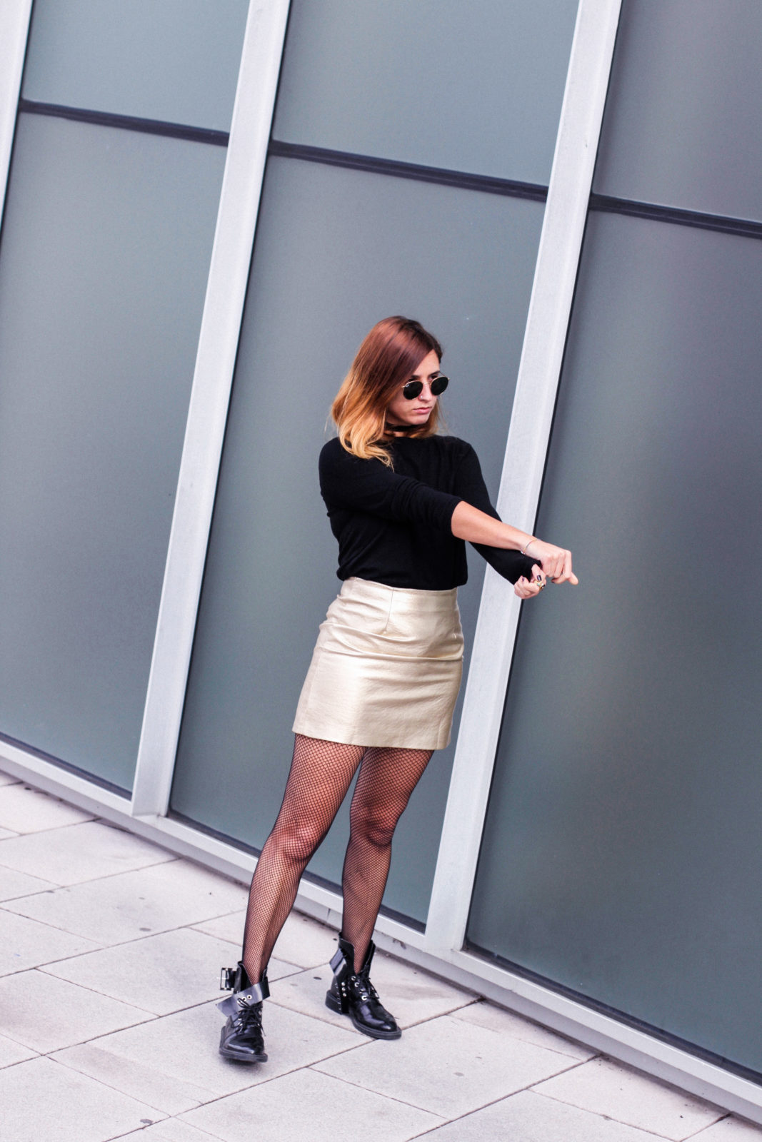 look metalizado falda dorada shein medias de rejilla fishnet tights -31