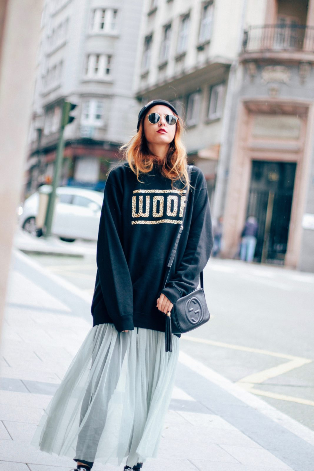 sudadera_old_dogs_falda_de_tul_vans_beanie_carhartt_look_donkeycool_street_style-10