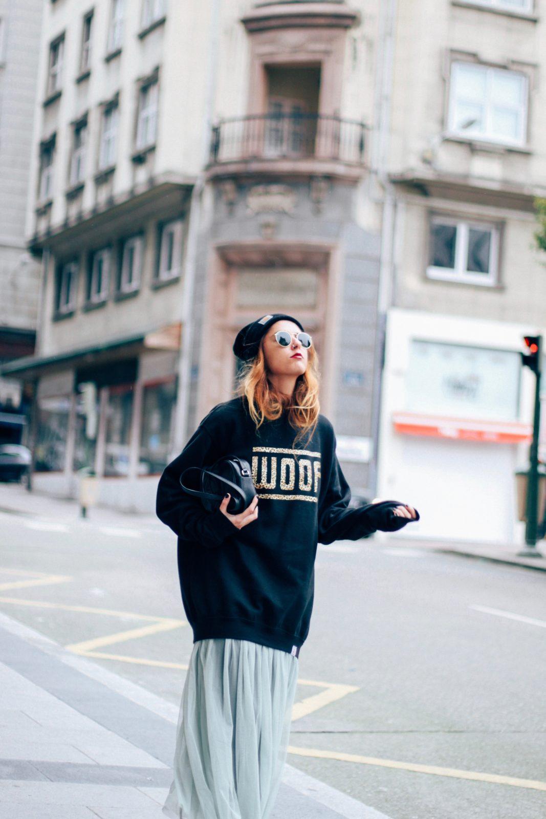sudadera_old_dogs_falda_de_tul_vans_beanie_carhartt_look_donkeycool_street_style-20