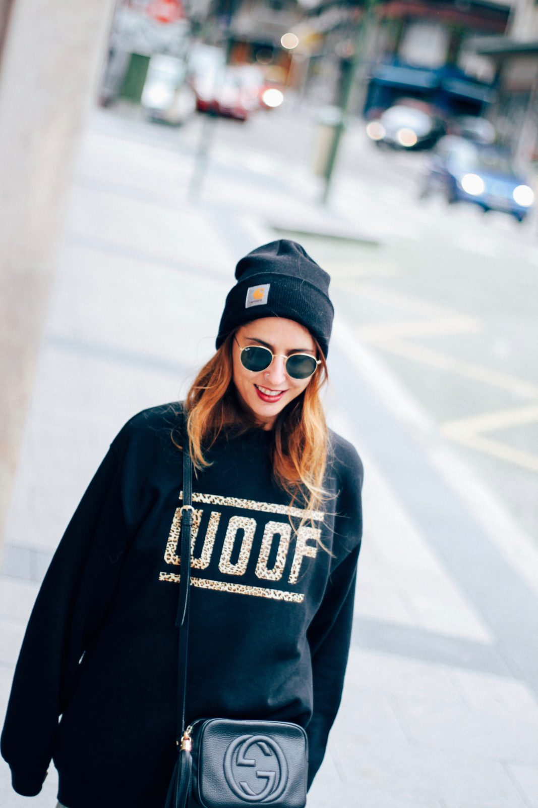 sudadera_old_dogs_falda_de_tul_vans_beanie_carhartt_look_donkeycool_street_style-34
