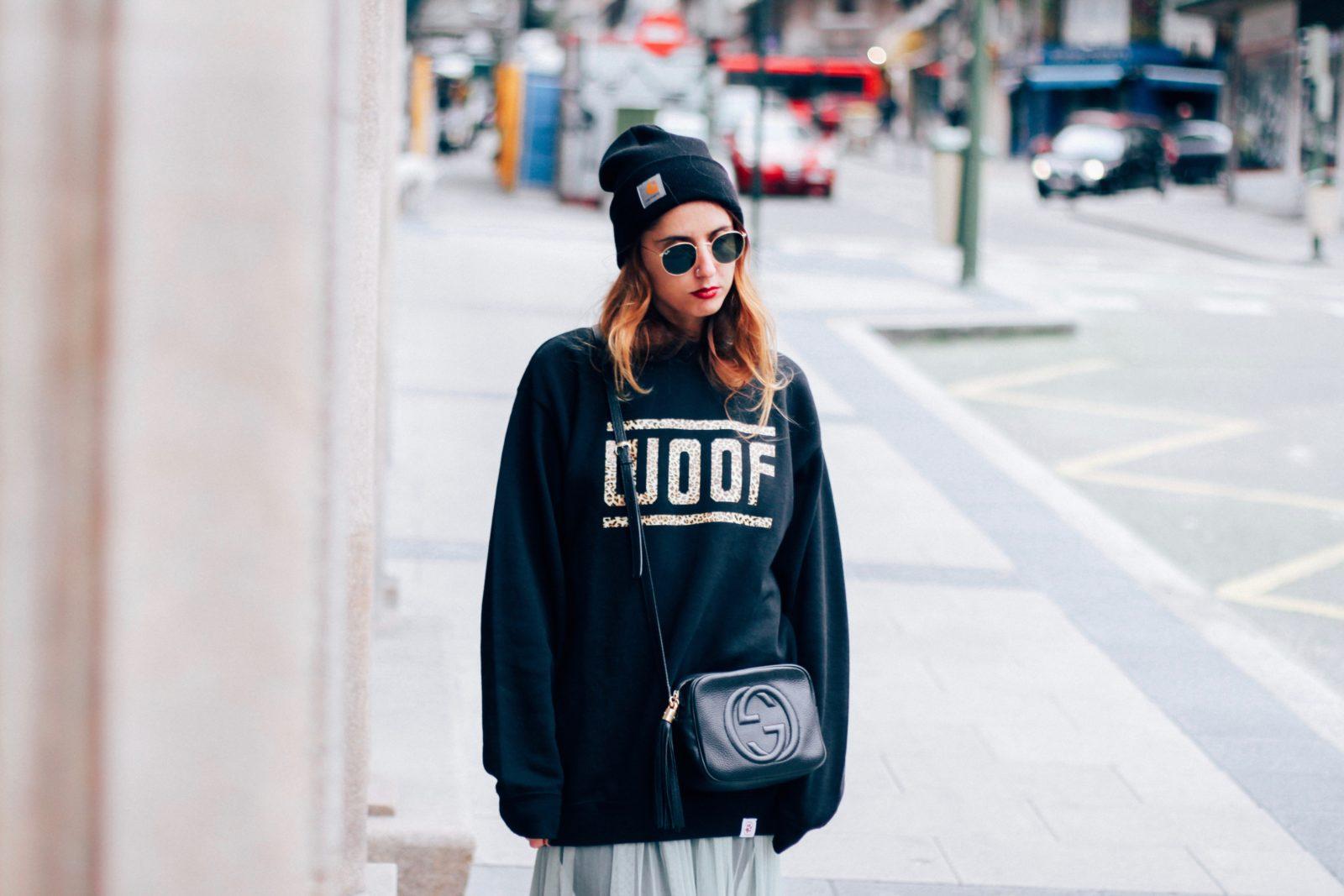 sudadera_old_dogs_falda_de_tul_vans_beanie_carhartt_look_donkeycool_street_style-38