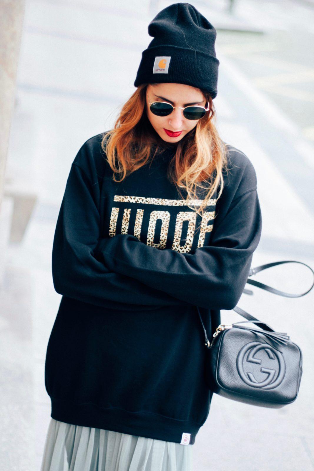 sudadera_old_dogs_falda_de_tul_vans_beanie_carhartt_look_donkeycool_street_style-42