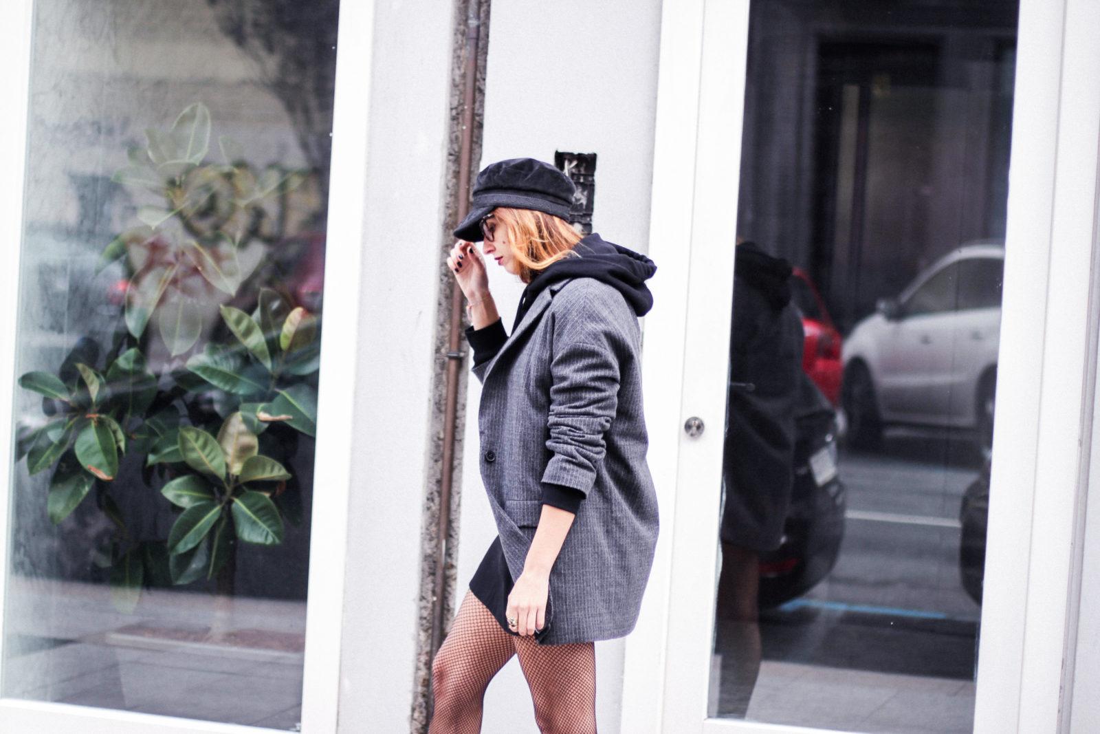 sudadera_wonder_woman_medias_de_rejilla_baker_boy_hat_gorra_marinera-26