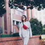 Sudadera-vestido, New Balance y riñonera