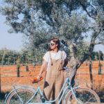 Una bici, un peto marrón y un día en el campo